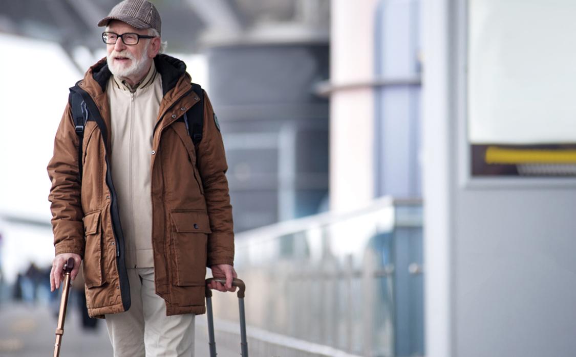 Direito do idoso: conheça as regras e benefícios ao voar